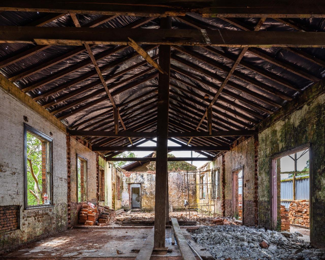 Parte interna da estação Campo Grande, em Paranapiacaba, que passa por restauro (Leo Giantomasi)